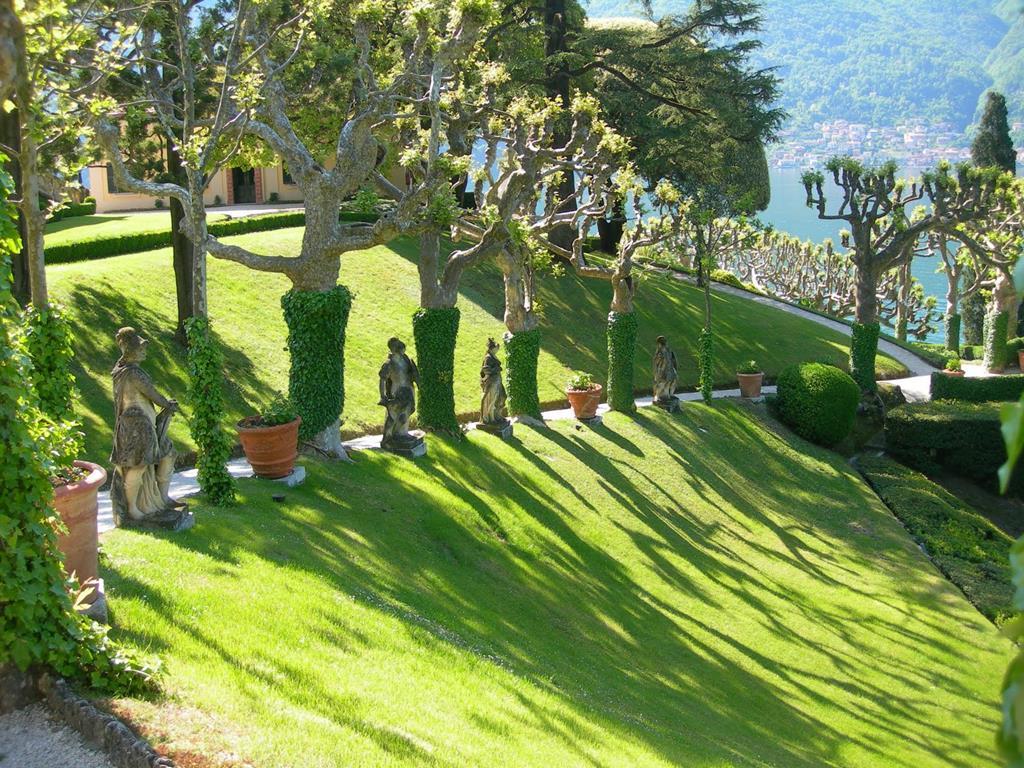 Villa del Balbianello garden